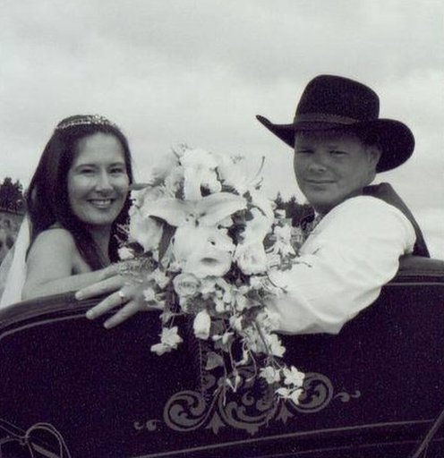 Nicole Evans y su marido.