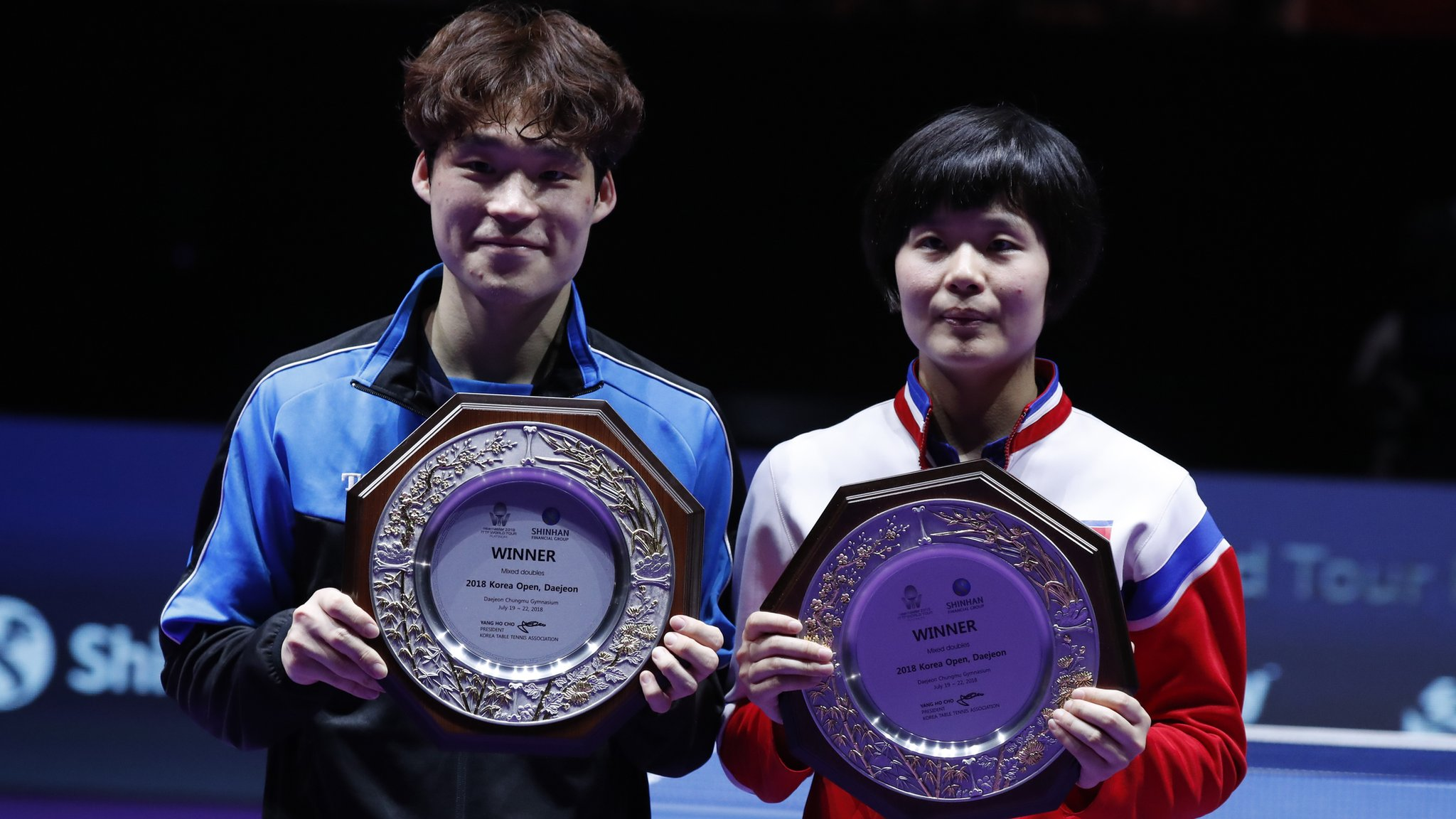 Korea Open: Table tennis players win first joint Korea gold for 27 years