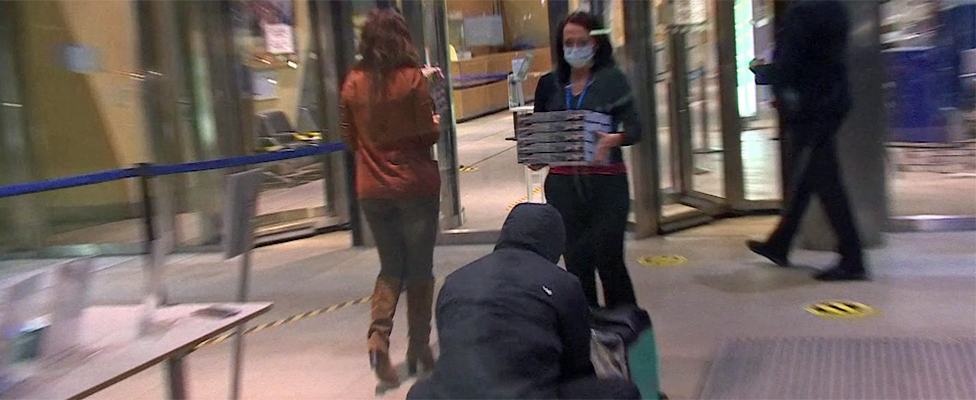 Pizza being delivered to European Commission on 23 December 2020
