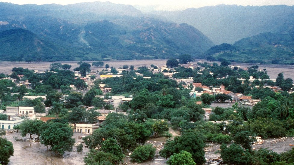 El pueblo colombiano de Armero fue arrasado por a erupción del volcán Nevado del Ruiz en 1985.