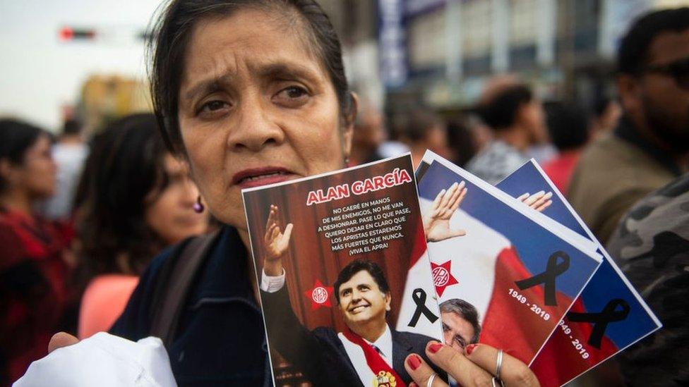 Qué dice de Perú que sus últimos 4 expresidentes estén acusados de corrupción po ...