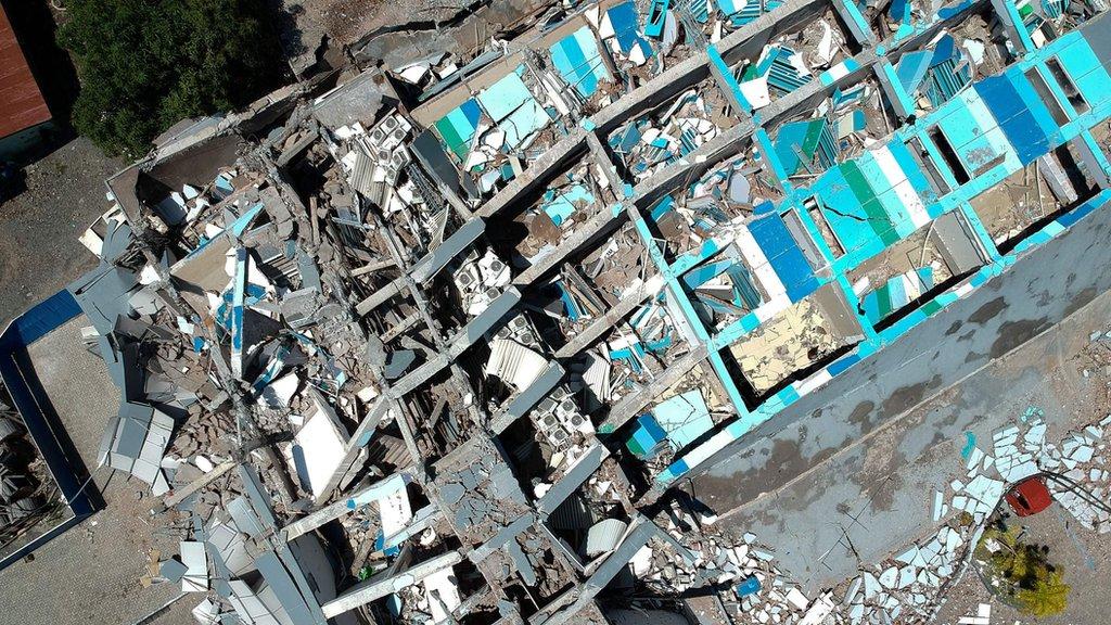 Uništeni hotel, 30. septembar