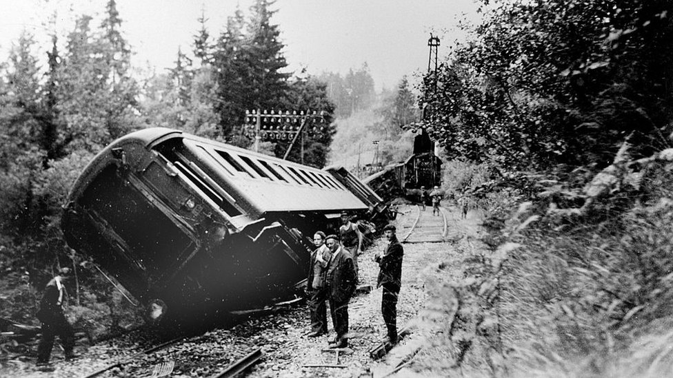An incident of derailment caused by the French Resistance in 1942