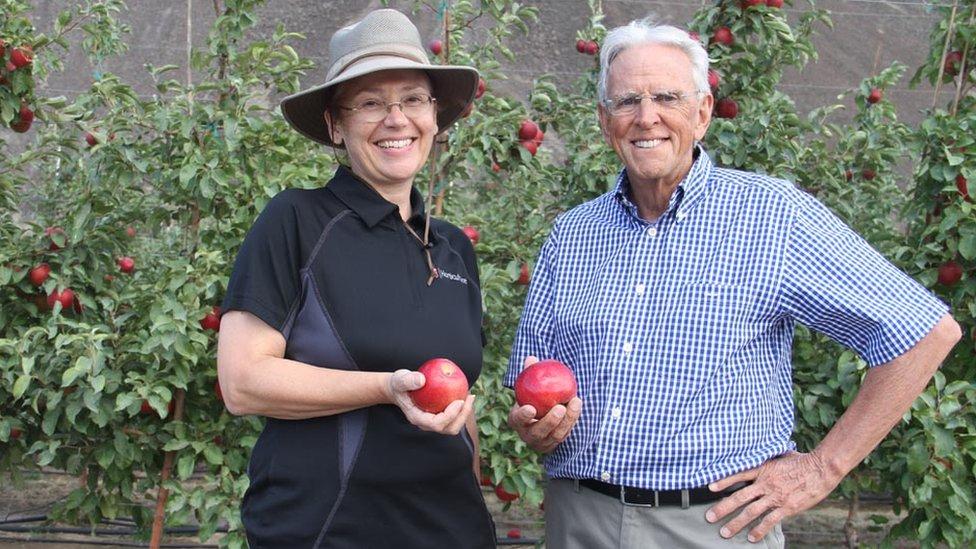 Kate Evans y Bruce Barritt