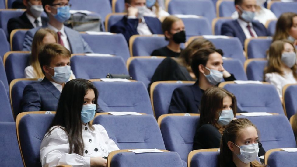 Российские вузы призвали студентов не ходить на митинг за Навального