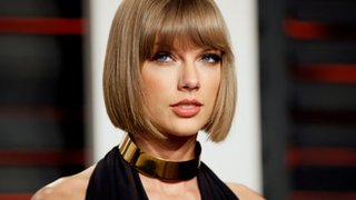 Taylor Swift 'stalker' takes nap at house