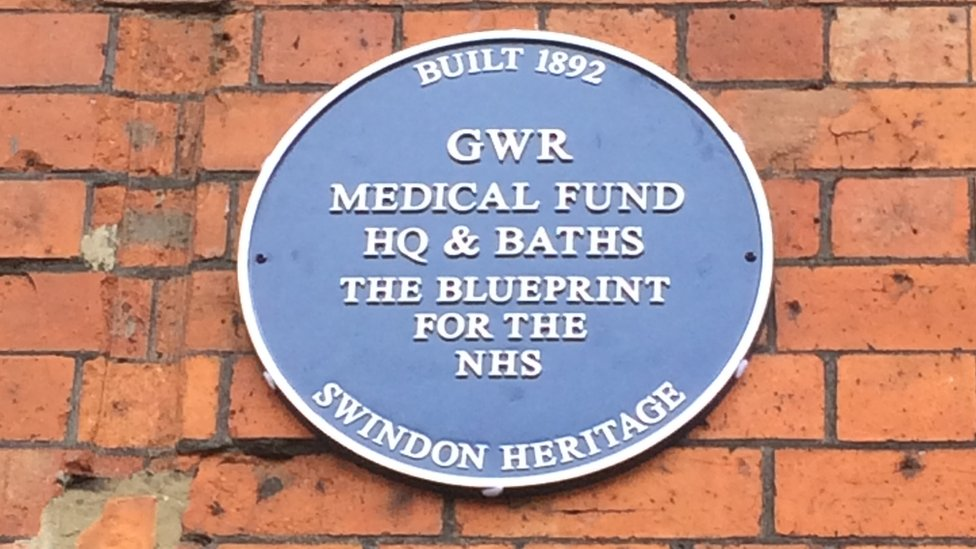 Blue plaque for NHS blueprint site in Swindon