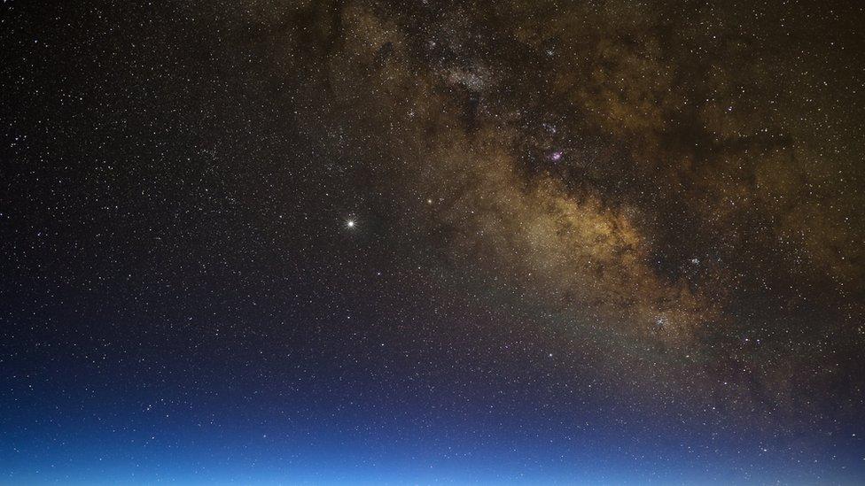 Mlečni put fotografisan sa Maune Kea
