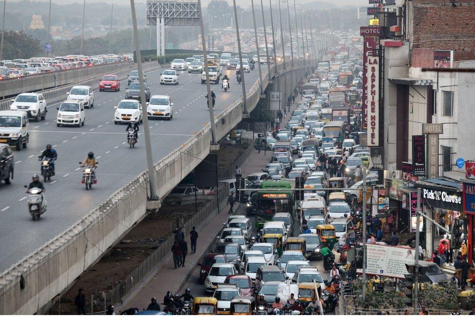 Traffic jams in Delhi, the capital of India on December 2, 2018 in Delhi, India.