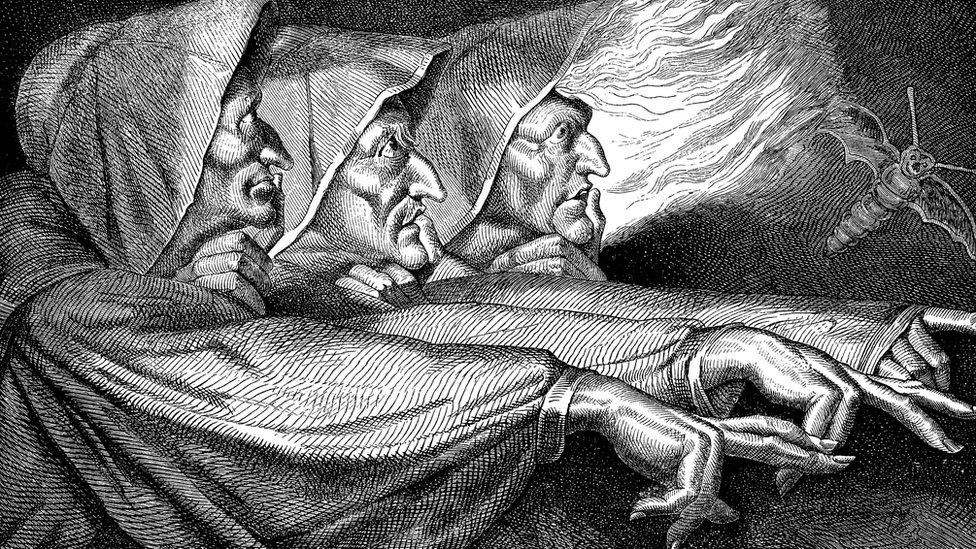 Brujas y libro