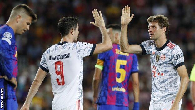 هدف مولر في مرمى برشلونة بات السابع له في ست مباريات في دوري أبطال أوروبا