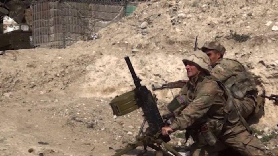 جنديان