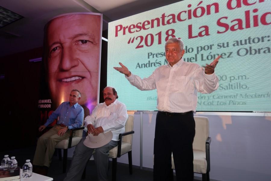 """AMLO presenta su libro """"2018: La Salida"""""""
