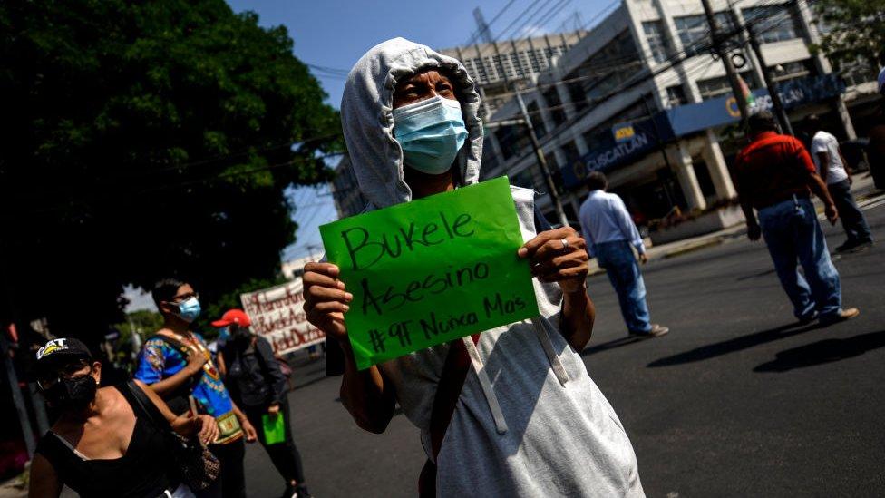 Protestas antiBukele en El Salvador el pasado 9 de febrero.