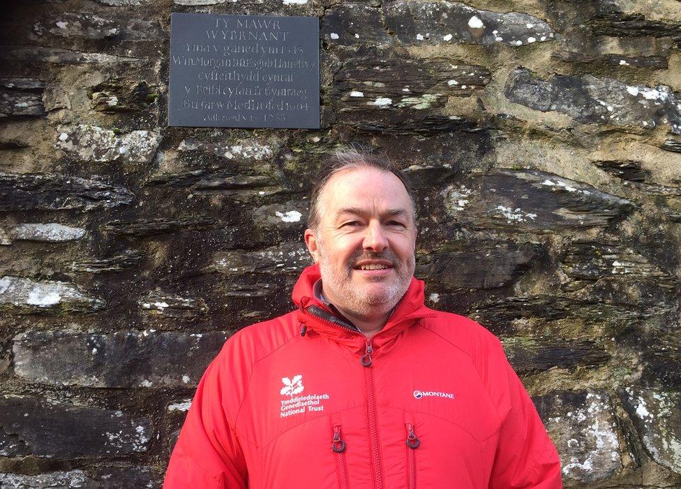 كيث جونز، مستشار شؤون التغير المناخي في هيئة حفظ التراث القومي البريطانية