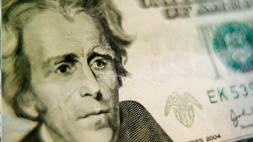 أندرو جاكسون رئيس أمريكا من عام 1829 إلى عام 1837 يظهر على العملة الورقية من فئة الـ 20 دولارا