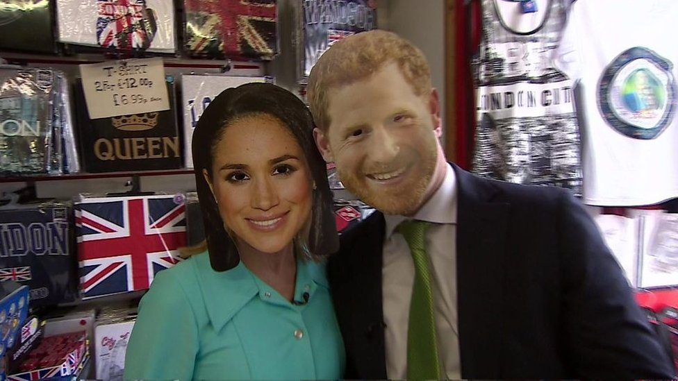 BBC presenters' right royal knees-up in Windsor gift shop