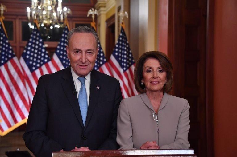 Demokratların Senato'daki lideri Chuck Schumer ve Temsilciler Meclisi Başkanı Nancy Pelosi