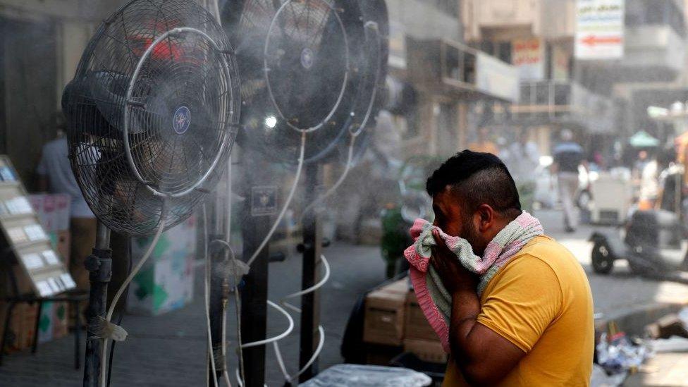 احد شوارع بغداد