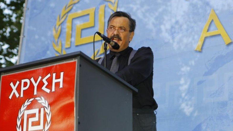 """أحد قادة حزب """"الفجر الذهبي"""" كريستوس باباس"""