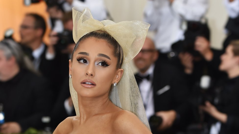Ariana Grande speaks out over 'toxic relationship'