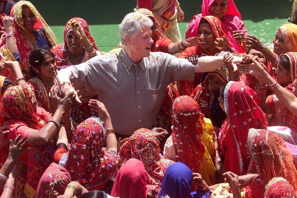 الرئيس السابق بيل كلينتون