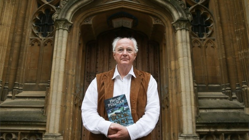 Philip Pullman loses His Dark Materials ballpoint pen