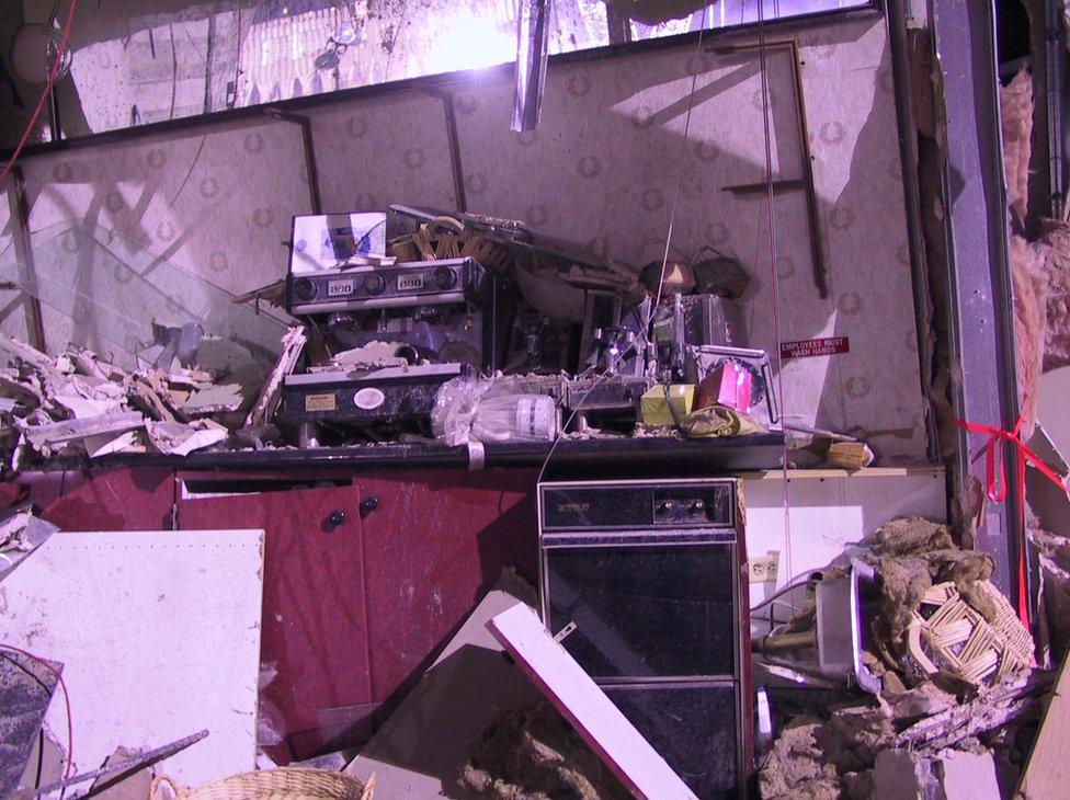 Doctores cachureros encontraron dos mil 400 fotos inéditas del 11-S