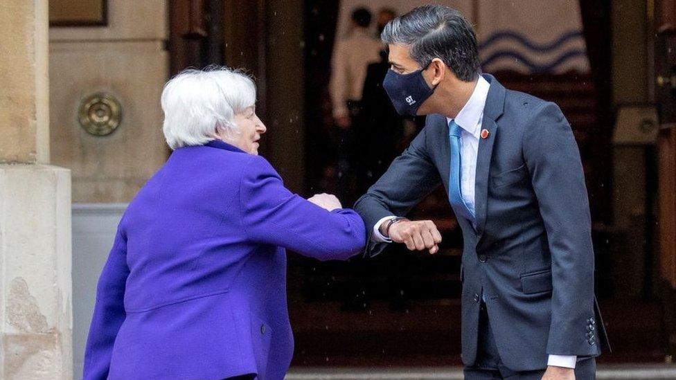 La secretaria del Tesoro, Janet Yellen, y el ministro de Hacienda de Reino Unido, Rishi Sunak.