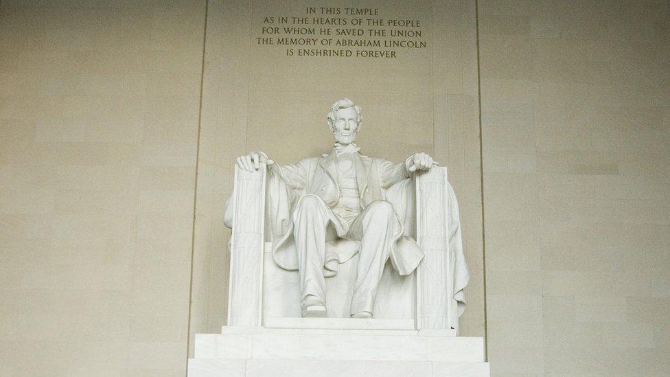 Statua Abrahama Linkolna u Vašingtonu
