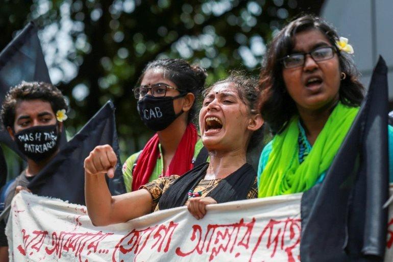 Bangladeş'te düzenlenen bir protesto gösterisi