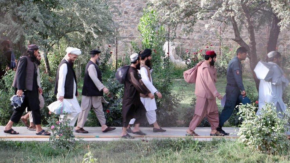A handout photo made available by the National Security Council (NSC) of Afghanistan shows Taliban prisoners preparing to leave from a government prison in Kabul, Afghanistan, 13 August 2020