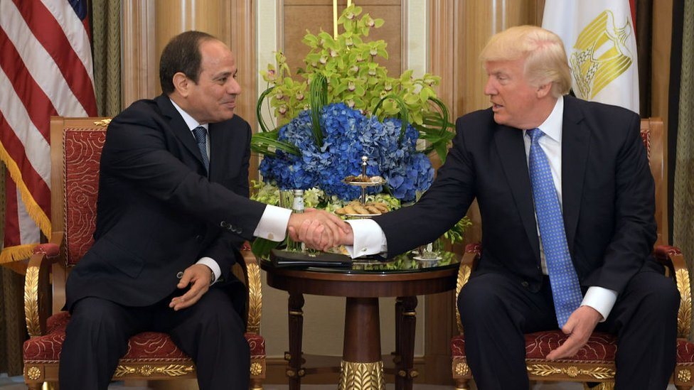 US President Donald Trump (R) and Egyptian President Abdel Fattah al-Sisi take part in a bilateral meeting at a hotel in Riyadh on May 21, 2017