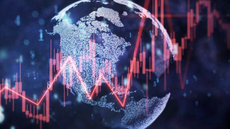 Gráfico del planeta con tendencias económicas.
