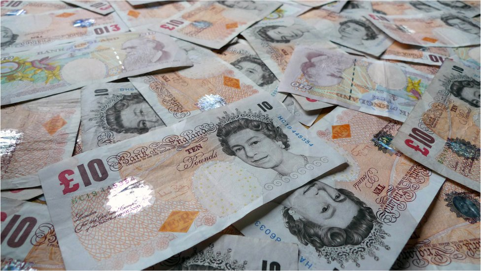 Deadline to return old paper £10 notes fast approaching