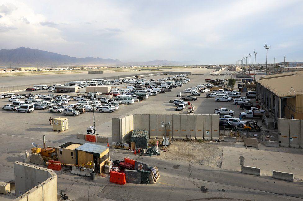تركت القوات الأمريكية آلاف المركبات