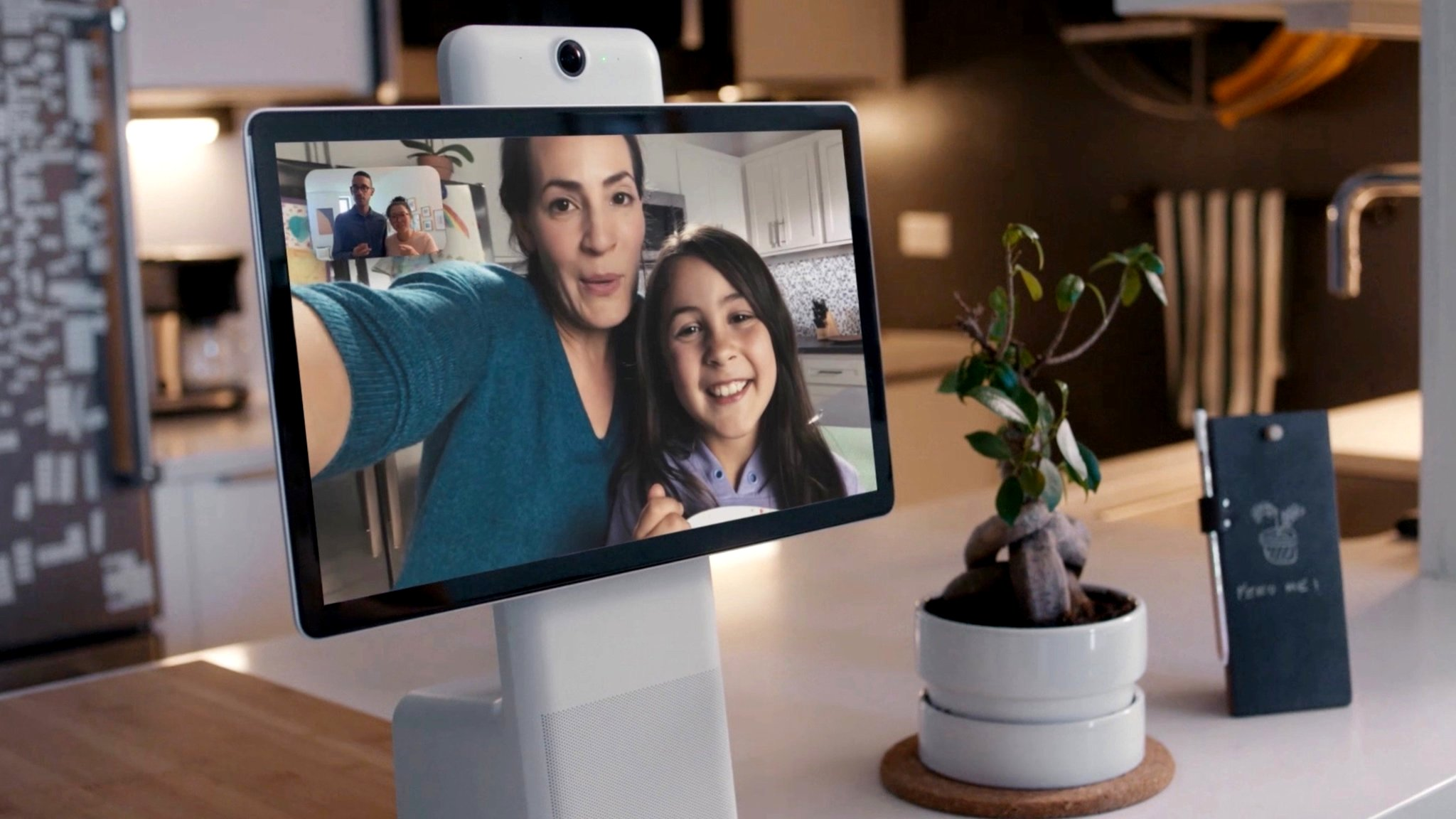 Facebook Portal video chat screens raise privacy concerns