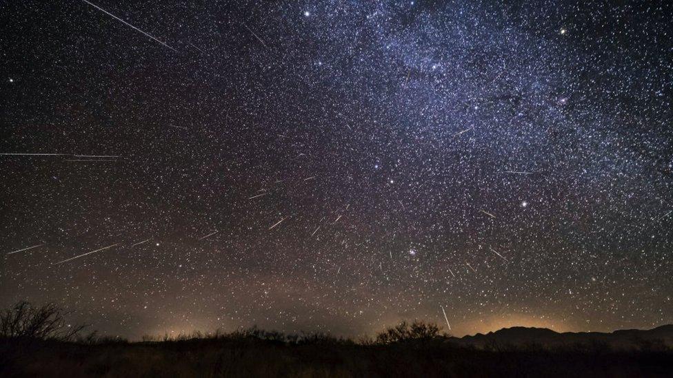 Foto della pioggia di meteoriti Geminidi del 2017 in Arizona.