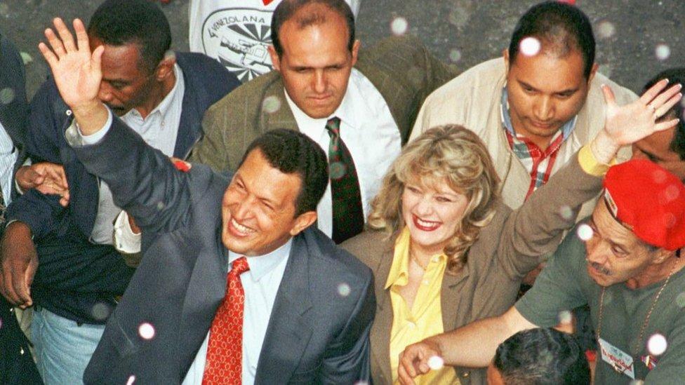 Alejandro Andrade y Hugo Chávez