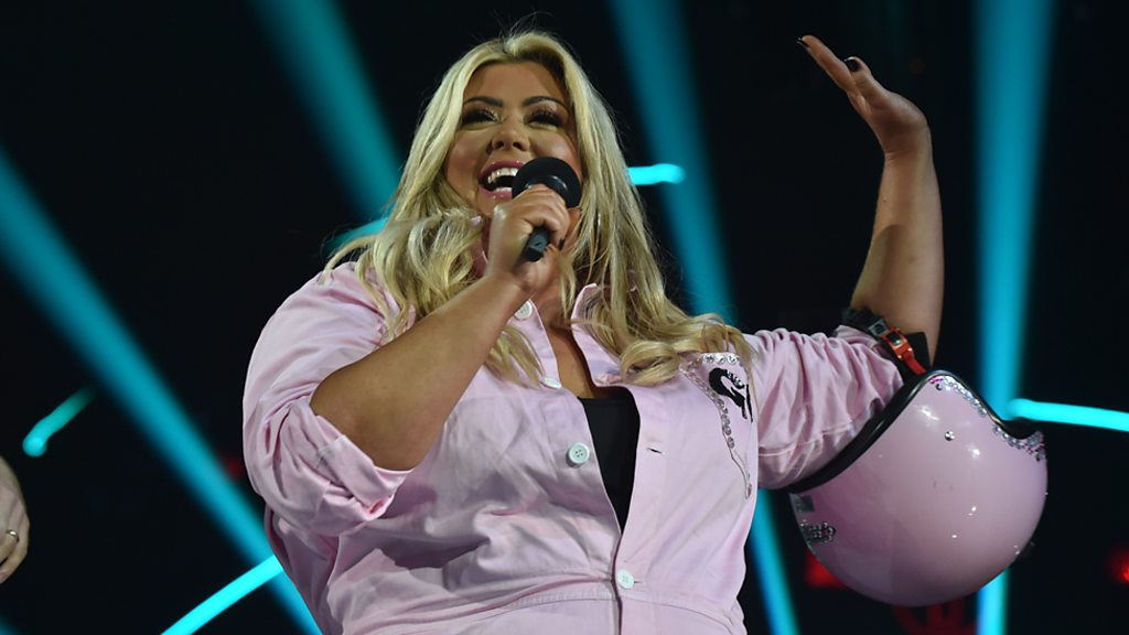 Radio 1 Teen Awards: Gemma Collins makes a dramatic entrance