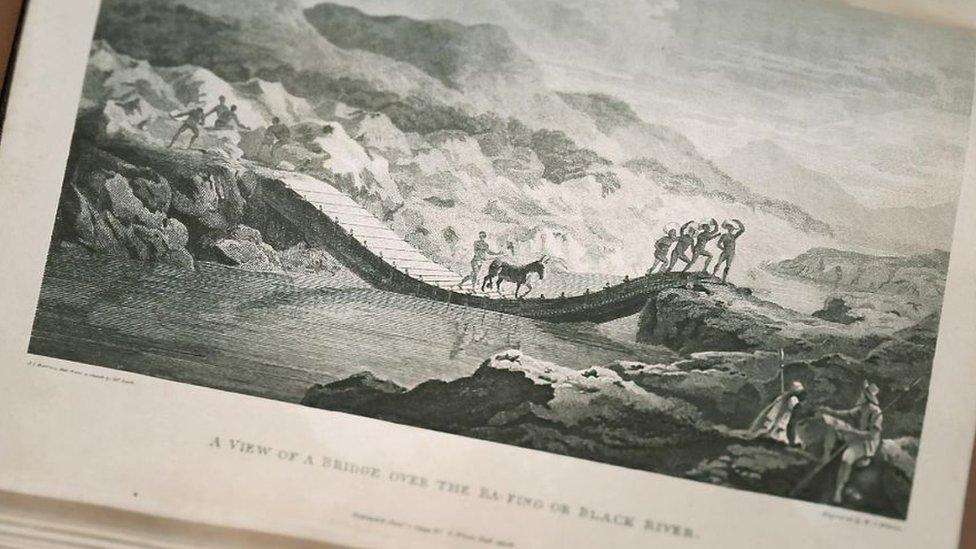 Grabado de puente sobre el río Níger