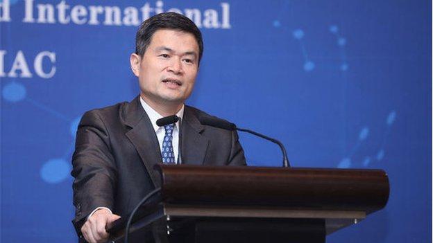 中國證監會副主席方星海說,外部金融壓力令人民幣國際化成為更迫切的課題,今後十年應該加快推進人民幣國際化