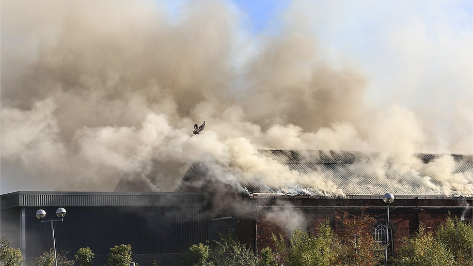 Smoke billows from Newton Abbot warehouse blaze