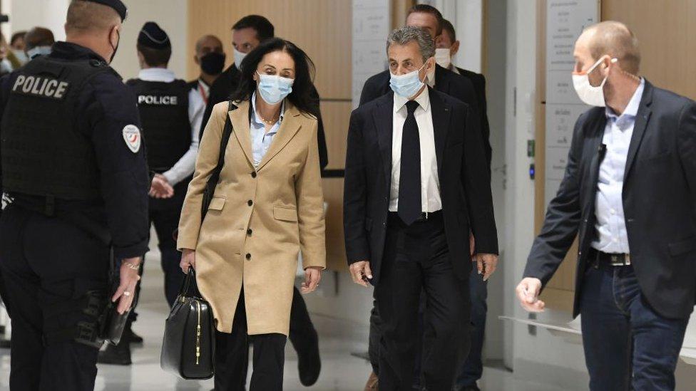 Sarkozy llegando al juzgado