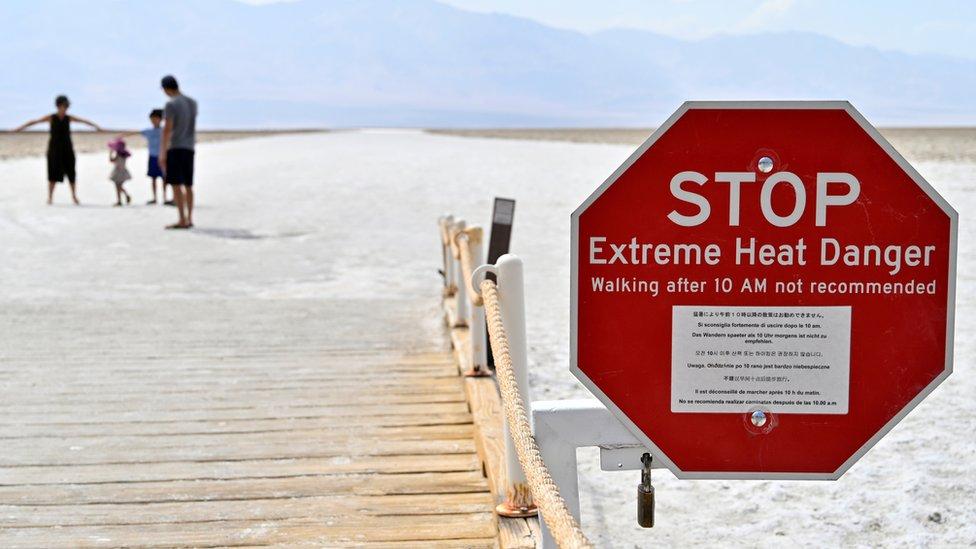 Peringatan panas ekstrem di Death Valley