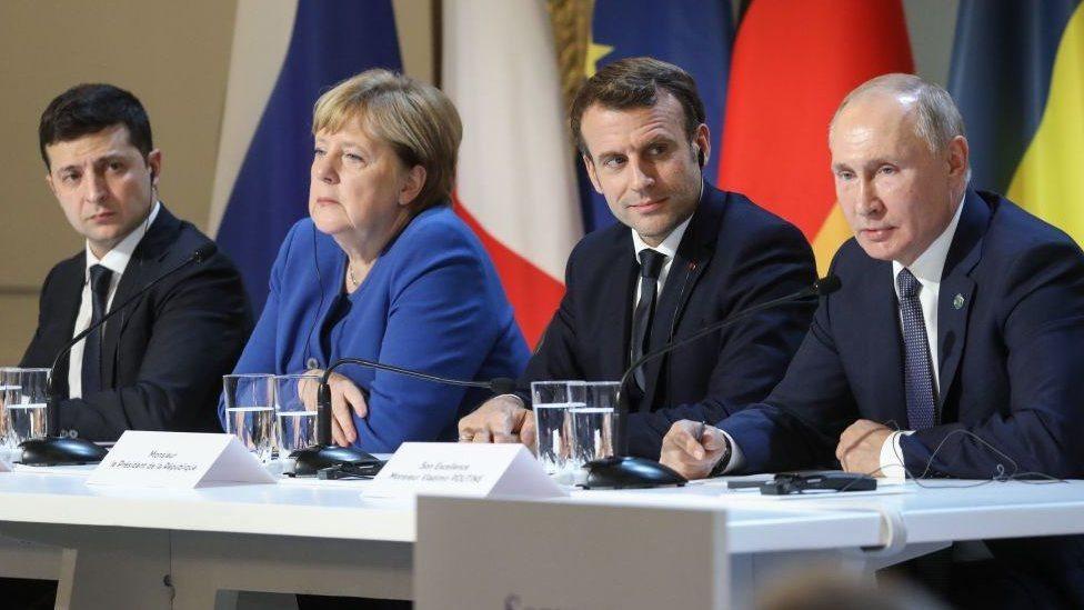 Обмен пленными в Донбассе и новая встреча. Итоги переговоров Путина и Зеленского в