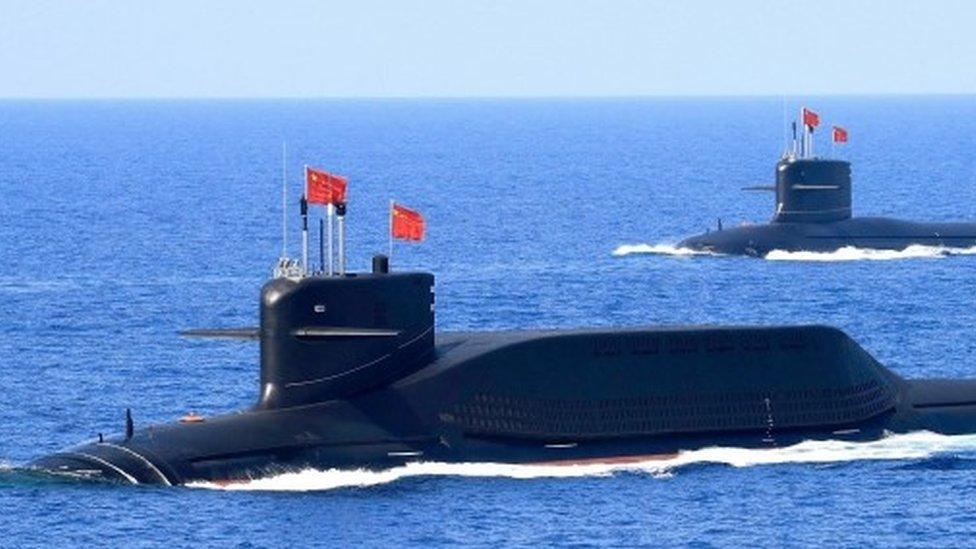 Un submarino de misiles balísticos clase Jin Tipo 094A de propulsión nuclear de la Armada del Ejército Popular de Liberación de China (EPL), 2018.