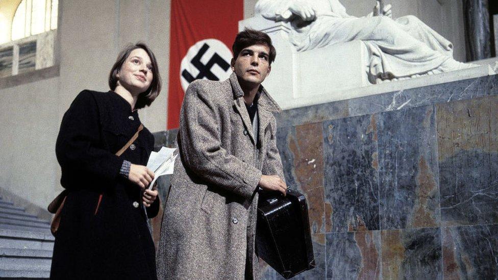Sophie und Hans Scholl in the 1982 film The White Rose