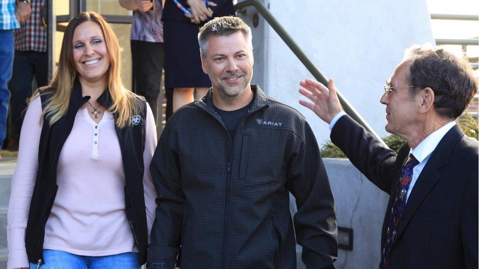 Josh Horner y su esposa, Kelli.