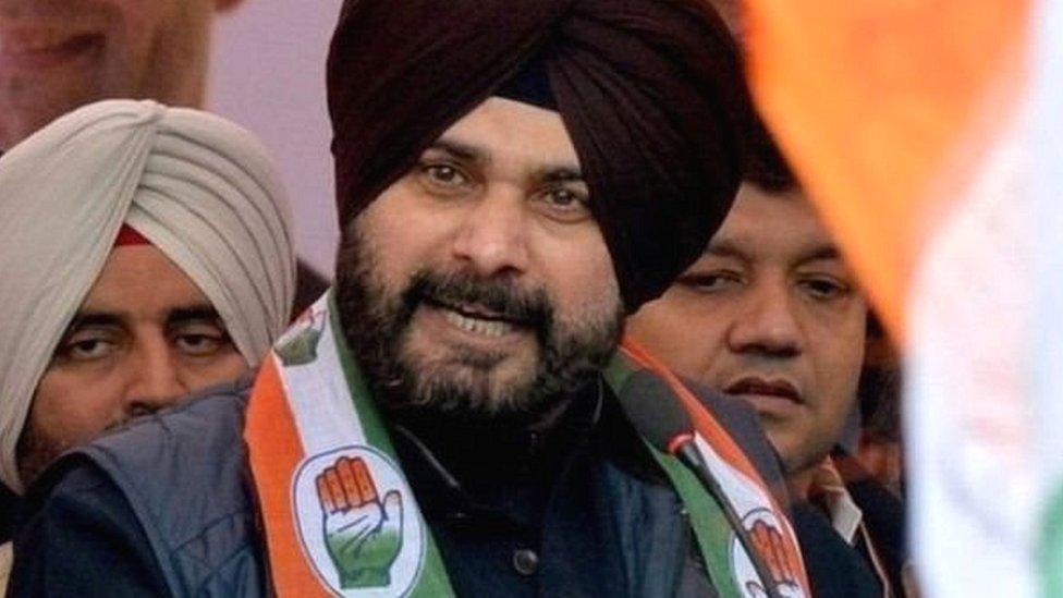 पंजाब: नवजोत सिंह सिद्धू ने अमरिंदर मंत्रिमंडल से इस्तीफ़ा दिया